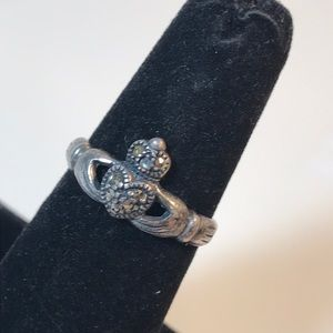 SD vintage sterling & Marcasite claddagh ring 7.5